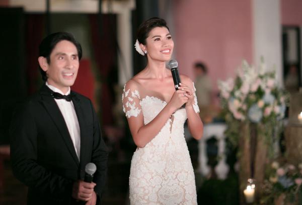 Trang Lạ và bác sĩ Trần Tiễn Chánh tổ chức hôn lễ năm 2016 sau khi khánh thành biệt thự Lạ Trang.