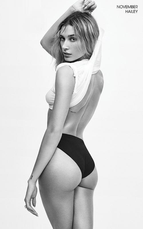Tham gia bộ ảnh lịch còn có người mẫu Hailey - vợ nam ca sĩ Justin Bieber. Mỹ nhân 23 tuổi sở hữu thân hình săn chắc.