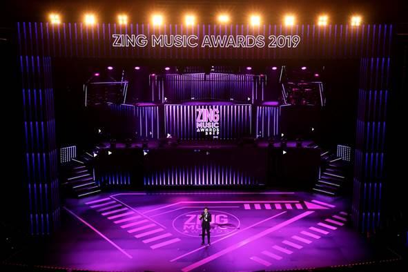 Sân khấu Zing Music Awards 2019 được dàn dựng công phu - 1