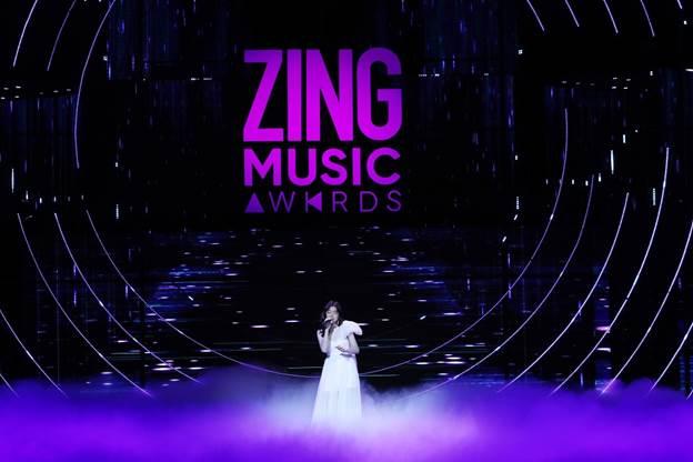 Sân khấu Zing Music Awards 2019 được dàn dựng công phu - 12
