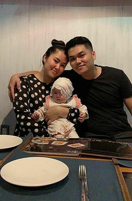 Với diễn viên Lê Phương, ởbên cạnh chồng của mình, con của mìnhlà bình yên nhất.