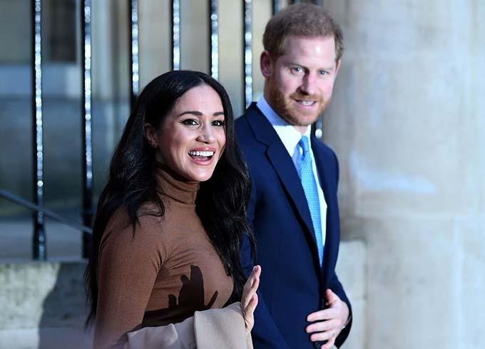 Vợ chồng Meghan khi đến Canada House ở London hôm 7/1. Ảnh: AFP.
