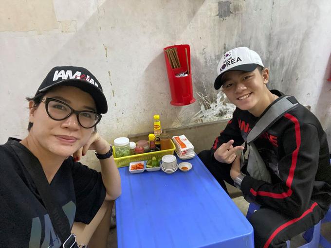 Quán Thái thổ địa Trang Trần check in khi đi cổ vũ U23 Việt Nam - 7