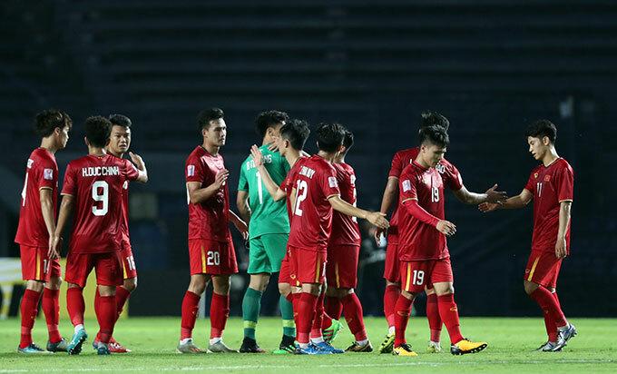 Ở lượt trận thứ hai vào ngày 13/1 tới, Việt Nam sẽ gặp Jordan trong khi UAE đối đầu Triều Tiên.