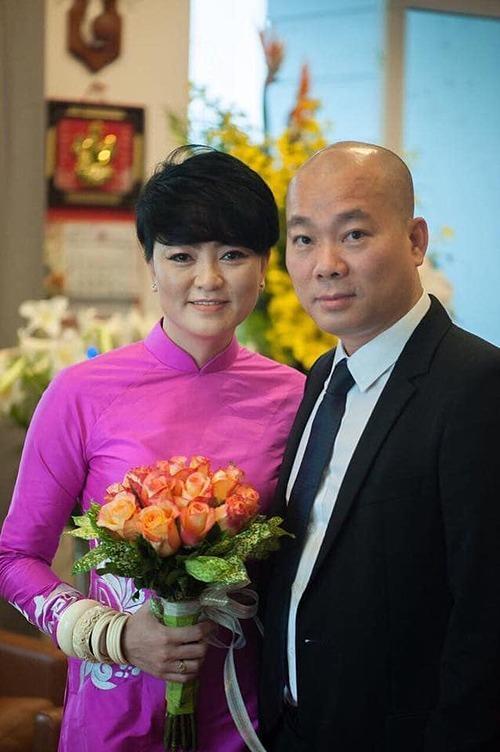 Bức ảnh cưới hiếm hoi được chị Thùy Dương tiết lộ.