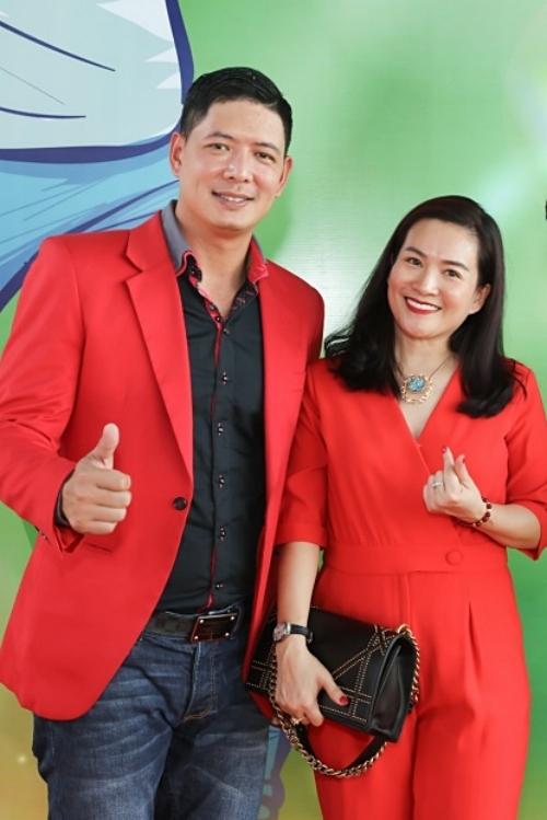 Trung tâm dạy đánh golf ở huyện Nhà Bè, TP HCM là dự án kinh doanh mới của Bình Minh cùng các cộng sự. Namdiễn viên chia sẻ bà xã luôn động viên, khích lệ anh trong lĩnh vực kinh doanh.