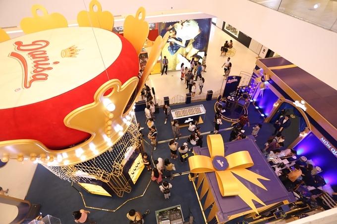 Lễ hội Quà tặng Hoàng gia từ Danisa diễn ra từ ngày 3/1 đến hết 19/1 tại Crescent Mall, quận 7 (TP HCM). Tham khảo tại fanpage Danisa.