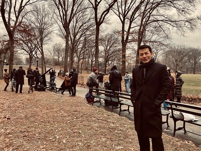 Những ngày cuối năm 2019, nam diễn viên đã bay tới New York, Mỹ bấm máy những thước phim đầu tiên cho Con đường vô tận. Trước đó trong một sự kiện vào giữa tháng 12 tại TP HCM, anh chia sẻ với Ngoisao.net, anh còn cân nhắc dàn diễn viên đóng các vai tại Việt Nam, nhưng bắt tay làm việc tại Mỹ trước.