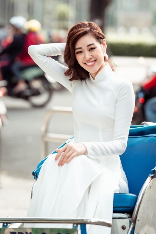 Sau Tết Nguyên đán, Khánh Vân tất bật chuẩn bị rèn luyện chuẩn bị thi Miss Universe 2020.