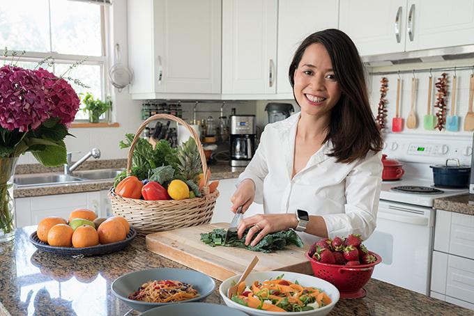 Emma Phạm hiện sinh sống tại châu Âu cùng gia đình nhỏ.