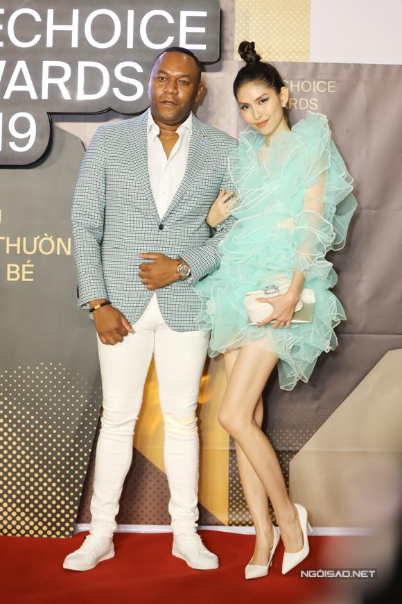 Người mẫu Thùy Dương và bạn trai.
