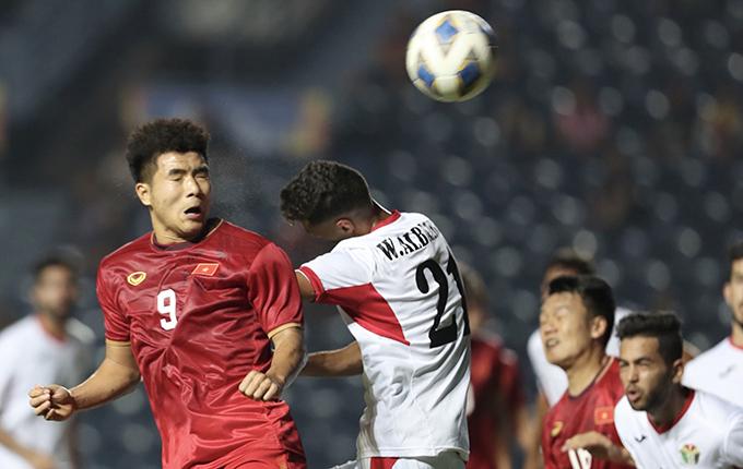 Đức Chinh vào sân không thể giúp Việt Nam có bàn thắng. Ảnh: Đức Đồng.
