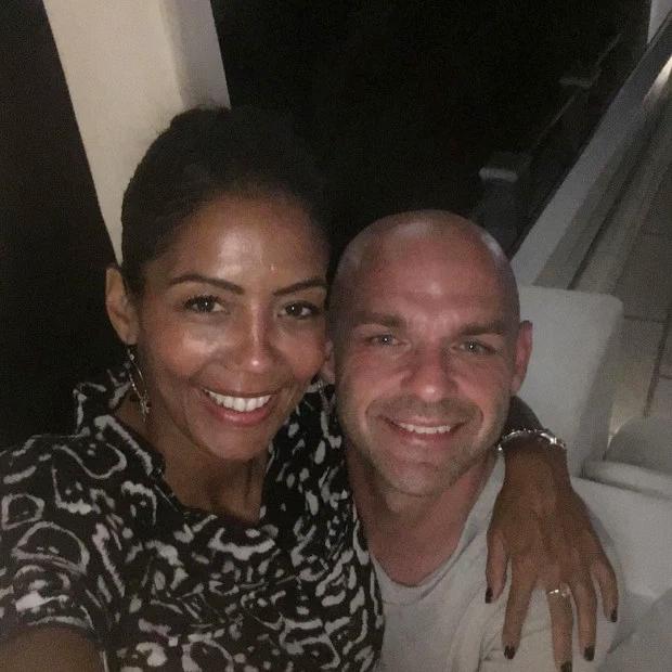 Danny Murphy bên bạn gái mới