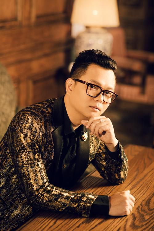 Sau dấu ấn Ngôi sao của năm 2018 với sân khấu đề cao tính bảo vệ môi trường, đạo diễn Long Kan hy vọng chương trình năm nay tiếp tục thu hút sự quan tâm của khán giả và nghệ sĩ Việt.