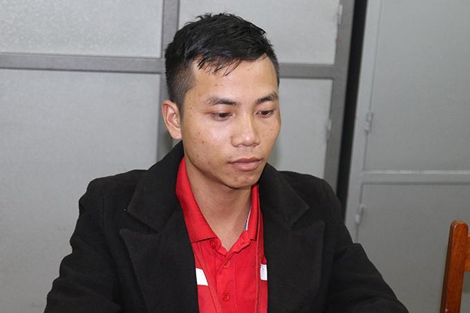 Bùi Văn Hùng tại cơ quan điều tra. Ảnh: Quang Văn