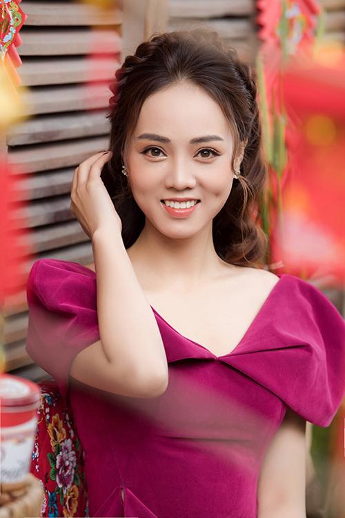 Ngọc Hà sở hữu gương mặt xinh đẹp, thanh tú. Cô từng lọt vào Top 10 cuộc thi Hoa hậu Du lịch Việt Nam2008.