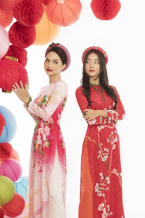 Trong phim này, Hương Giang tái ngộ diễn viên Karen Nguyễn - người nổi tiếng với hình ảnh tiểu tam trong loạt MV đình đám của cô. Mối quan hệ giữa nhân vật của họ trong phim chưa được tiết lộ, song Hương Giang chia sẻ, họ có một cảnh đánh nhau khiến cả hai đều bầm dập tay chân.