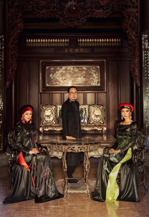 Bộ ảnh được thực hiện với sự hỗ trợ của nhiếp ảnh Tùng Chu, trang điểm Hy - Andrew Nguyễn, làm tóc Ruby Nguyễn.