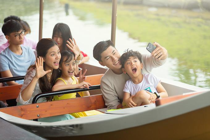 Nhiều trò chơi thích hợp cho gia đình, bạn bè ngày Tết tại Aquatopia Water Park.