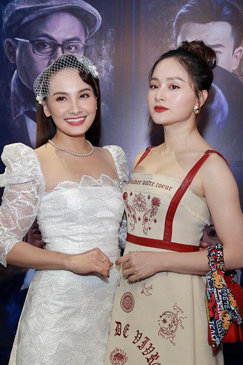 Diễn viên Lan Phương trốn con đến dự. Cô và Bảo Thanh được nhận xét có ngoại hình giống như hai chị em.