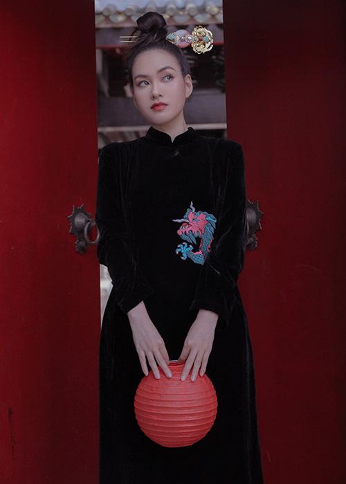 Diễm Trần hiện hoạt động trong làng giải trí với vai trò người mẫu. Ngoài ra cô còn kinh doanh dược mỹ phẩm nhập khẩu.