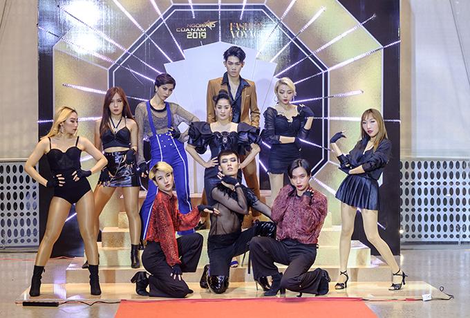 Đây là tiết mục được Khánh Thi và vũ đoàn PlanBdành tặng riêng cho chương trình Ngôi sao của năm 2019 với chủ đề Show me your crown. Khánh Thi đã gắn bó với báo Ngoisao.netđược hơn một thập kỷ và luôn có mặt trong mọi sự kiện do báo tổ chức.