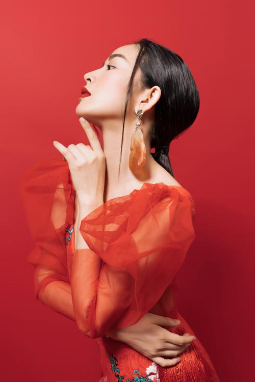 Sở hữu khuôn mặt khả ái, vóc dáng mảnh mai giúp Mai Thanh Hà tạo được dấu ấn đẹp trên màn ảnh.Nhờ đó mà cô được ví von là ngọc nữ mới của điện ảnh Việt. Đây cũng là mục tiêu phấn đấu của nữ diễn viên trẻ trong năm 2020.