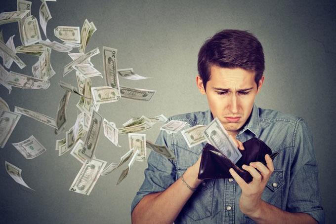 Đặt mục tiêu tài chính, theo dõi kế hoạch chi tiêu khi bước sang tuổi 30. Ảnh: Money.