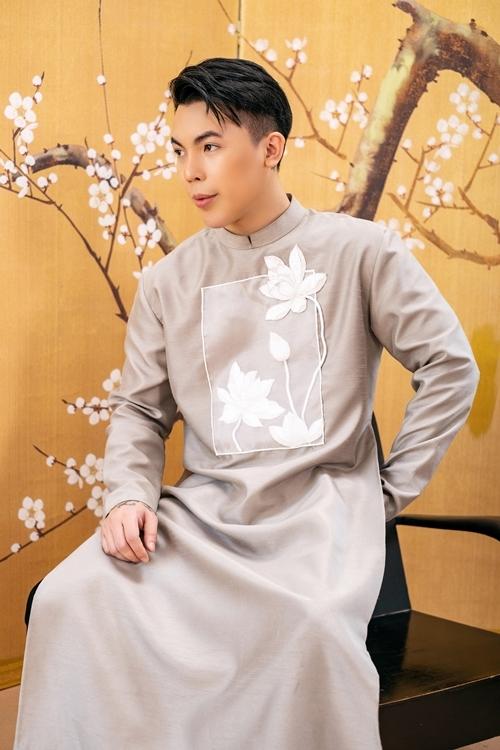 Kenbi Khánh đặt nhiều mục tiêu trong công việc liên quan lĩnh vực người mẫu, hoa hậu.