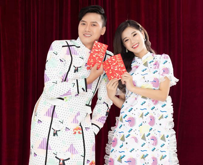 Lần đầu tiên hợp tác cùng nhau trong dự án điện ảnh Cuốc xe nửa đêm của đạo diễn Nguyễn Nguyên Hoàng, nữ diễn viên trẻ Hoàng Yến Chibi và  anh Vi Cá Quách Ngọc Tuyên đã có sự kết hợp ăn ý cả trên phim trường lẫn  trong bộ hình  đón năm mới.