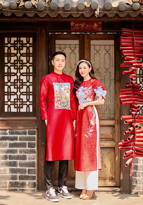 Năm nay Kelly Nguyễn đón xuân bên gia đình và người yêu Hàn Quốc. Cặp đôi hẹn hò gần 3 năm, tình cảm rất mặn nồng.