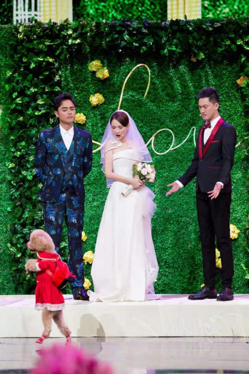 Trong chương trình, Kiều Ân - Minh Đạo đem đến những tiếng cười vui vẻ cho khán giả ngày đầu năm mới.