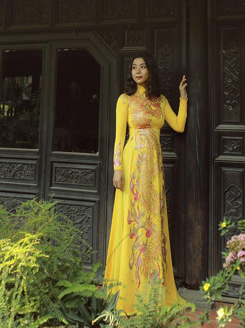 [CaptionCông ty của Lại Thanh Hương chuyên tổ chức sự kiện, đào tạo người mẫu, làm các show truyền hình, giải trí...