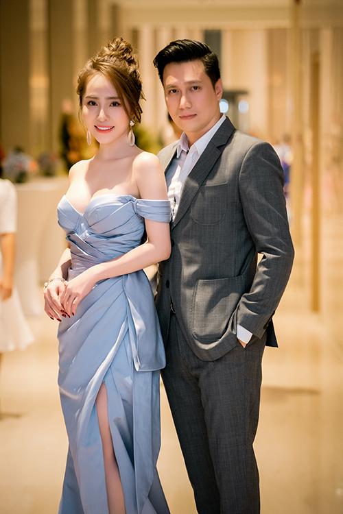 Quỳnh Nga và Việt Anh thường xuyên xuất hiện tình tứ tại các sự kiện.