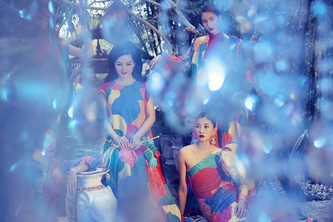 Đây là một show diễn vô cùng ấn tượng từ phía Siêu mẫu quốc tế Jessica Minh Anh trong chuỗi thời trang quảng bá về thời trang và môi trường.
