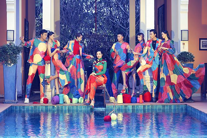 Bộ ảnh được thực hiện với sự hỗ trợ của nhiếp ảnh Tang Tang, stylist Thanh Trúc Trương, người mẫu Giáng My, Kim Nhung, Kim Phương, Hằng Nguyễn, Quỳnh Anh, Hữu Long, Trần Trung, Mạnh Lân.