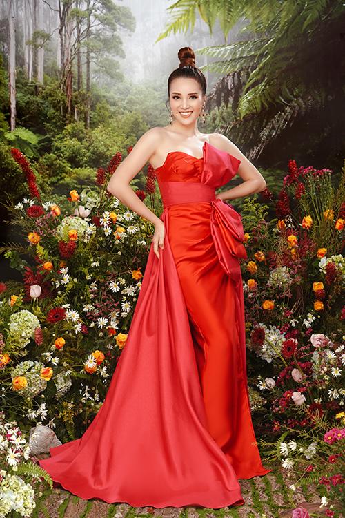 Thụy Vân sinh năm 1988, từng theo học trường Đại học Ngoại thương Hà Nội. Năm 2008, cô giành ngôi Á hậu tại cuộc thi Hoa hậu Việt Nam. Thụy Vân hiện là MC, biên tập viên tại VTV24. Cô kết hôn với ông xã Cao Hoàng từ 2010 nhưng rất kín tiếng về chuyện đời tư.