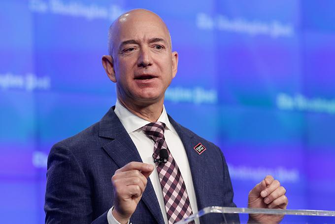 Jeff Bezos, CEO Amazon. Ảnh: Fortune.