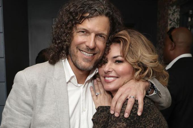 Shania Twain và người chồng hiện tại, Frédéric Thiébaud. Ảnh: Rex.