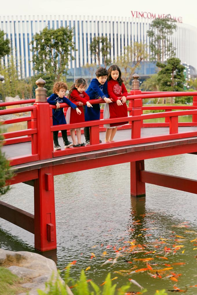 Lễ hội Bonsai và Tuần lễ văn hóa Việt - Nhật tại Vinhomes Smart City là một trải nghiệm du xuân đáng nhớ không chỉ của ba cô nàng An Japan, Lê Vi, Hương Ly mà còn với rất nhiều người dân Hà Nội.
