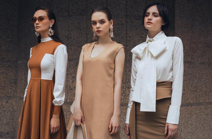 Nắm bắt dòng chảy của xu hướng thời trang 2019/2020, người mẫu Hà Kino đã mang tới bộ sưu tập thời trang ứng dụng dành cho những nàng công sở sành điệu.