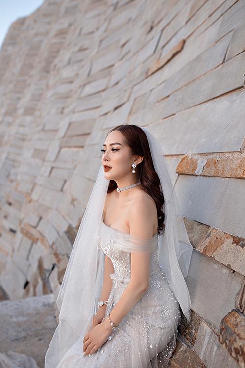 Ảnh cưới của em họ Hương Tràm - 4