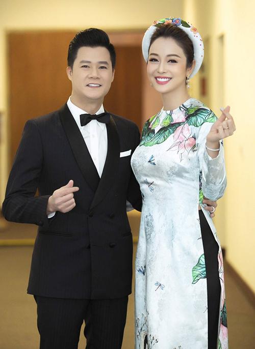Quang Dũng và Jennifer Phạm giữ mối quan hệ tốt đẹp sau khi ly hôn để cùng nhau nuôi dạy con trai Bảo Nam.