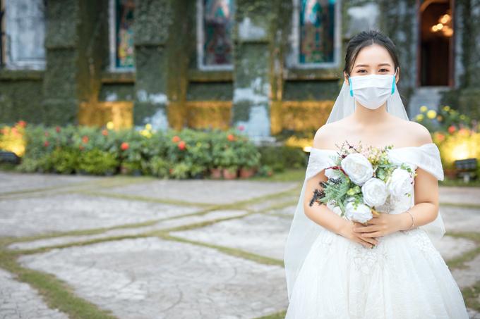 Ảnh cưới giữa mùa dịch Corona