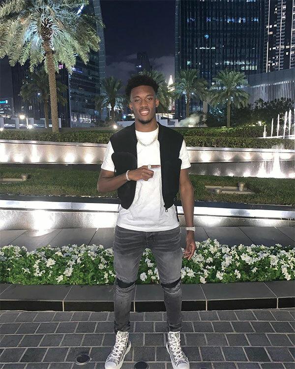 Tiền vệ cánh Callum Hudson-Odoi của Chelsea cũng đang có mặt ở Dubai.