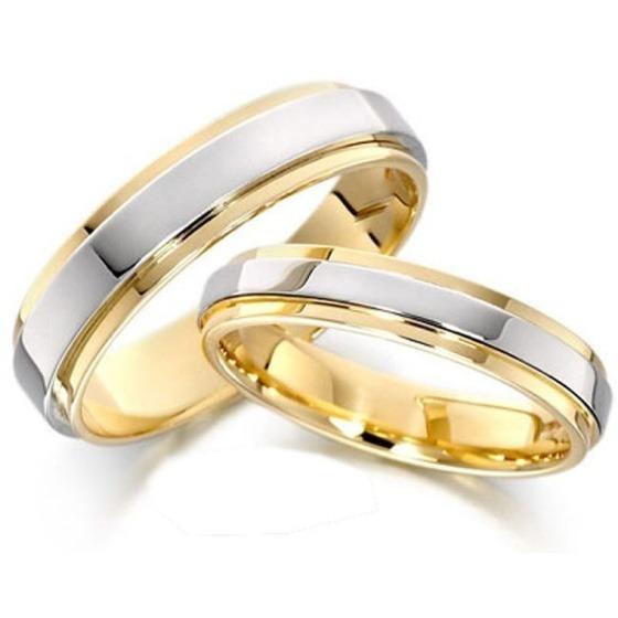 Nhẫn cặp bạc mạ vàng 14k - N02 thích hợp làm trang sức cưới hoặc quà kỷ niệm cho các đôi tình nhân dịp Valentine sắp tới. Nhẫn làm từ chất liệu bạc cao cấp, mạ vàng 14K bên ngoài. Sản phẩm được bảo hành 6 tháng, đánh bóng và làm mới miễn phí, giao hàng tận nơi. Cặp nhẫn có giá 379.000 đồng, giảm 44% so với giá gốc.