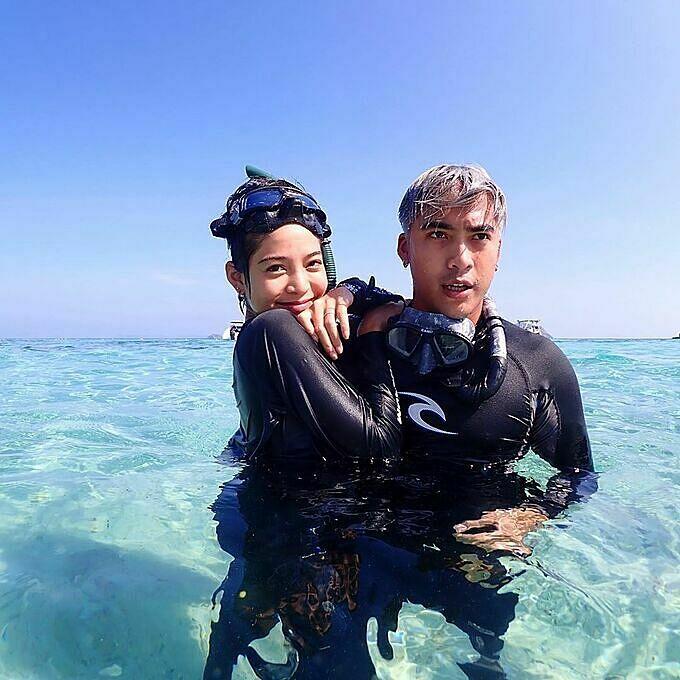 Mỹ nhân thánh giật chồng Thái Lan mê lặn biển - 1