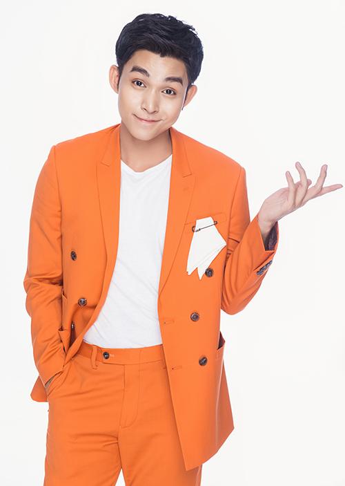 Jun Phạm thường ưu tiên gam màu đơn sắc, phom dáng đơn giản và theo đúng khuynh hướng thời trang 2019/2020.