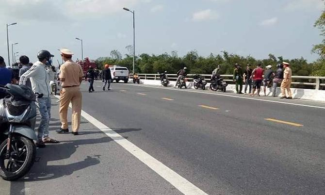 Cầu Vĩnh Điện nơi Khánh nhảy xuống tử vong. Ảnh: Đ.X.
