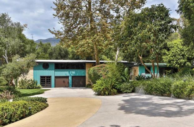 Ngôi nhà xinh xắn của Miley ở Malibu.